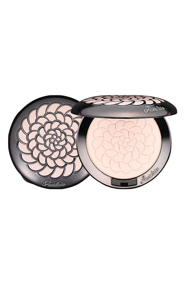 Alternate Image 1 Selected - Guerlain 'Meteorites' Illuminating & Mattifying Pressed Powder