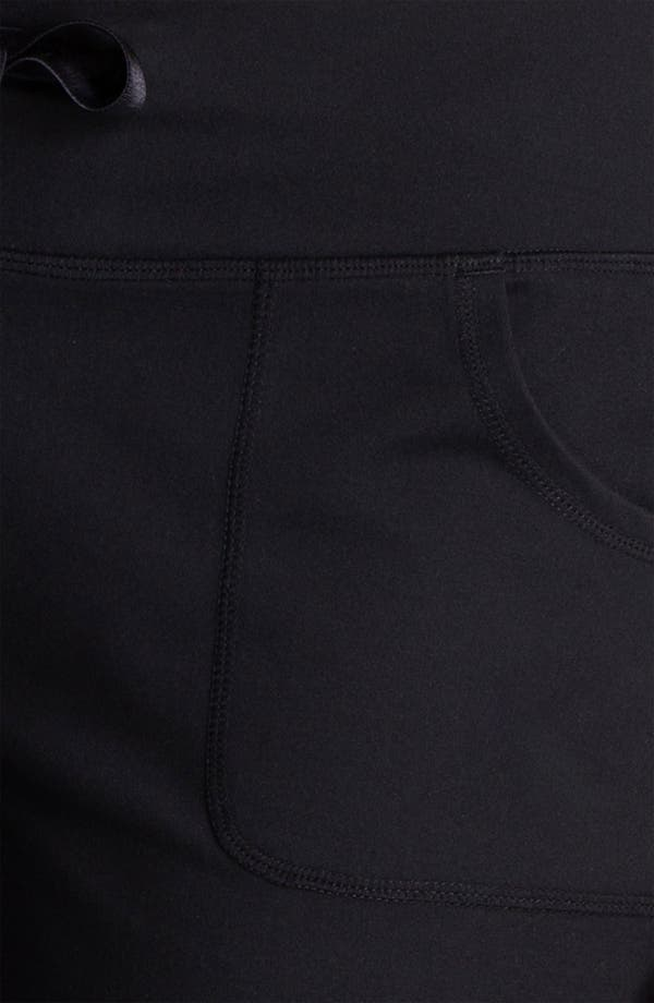 Alternate Image 3  - Zella 'Soul 2' Capris (Online Only)