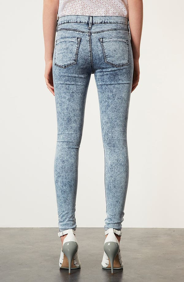 Alternate Image 2  - Topshop Moto 'Leigh' Acid Wash Skinny Jeans