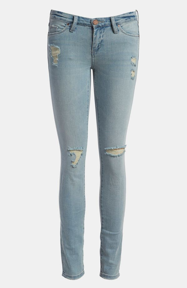 Alternate Image 1 Selected - BLANKNYC 'The Skinny Classique' Jeans (The Cramps)