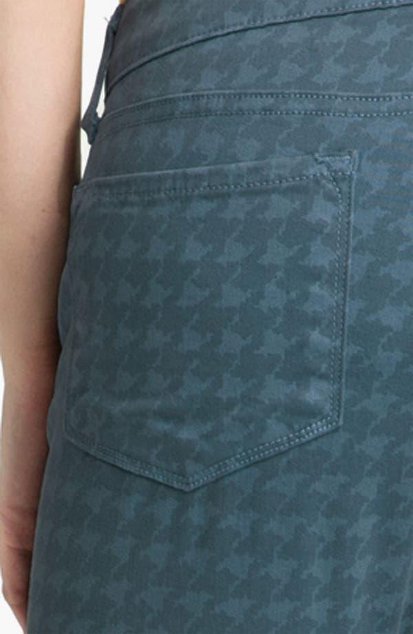 Alternate Image 4  - Blue Essence Houndstooth Twill Jeans (Plus)