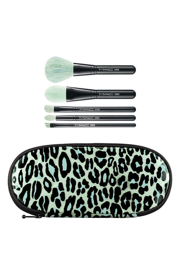 Main Image - M·A·C 'Perfectly Plush - Essential' Brush Kit