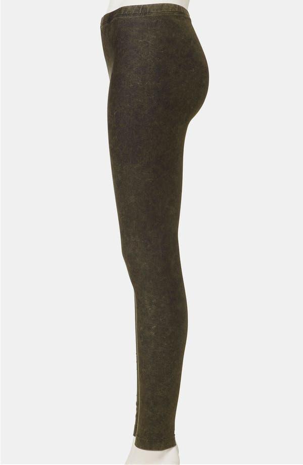 Alternate Image 4  - Topshop Acid Wash Denim Leggings