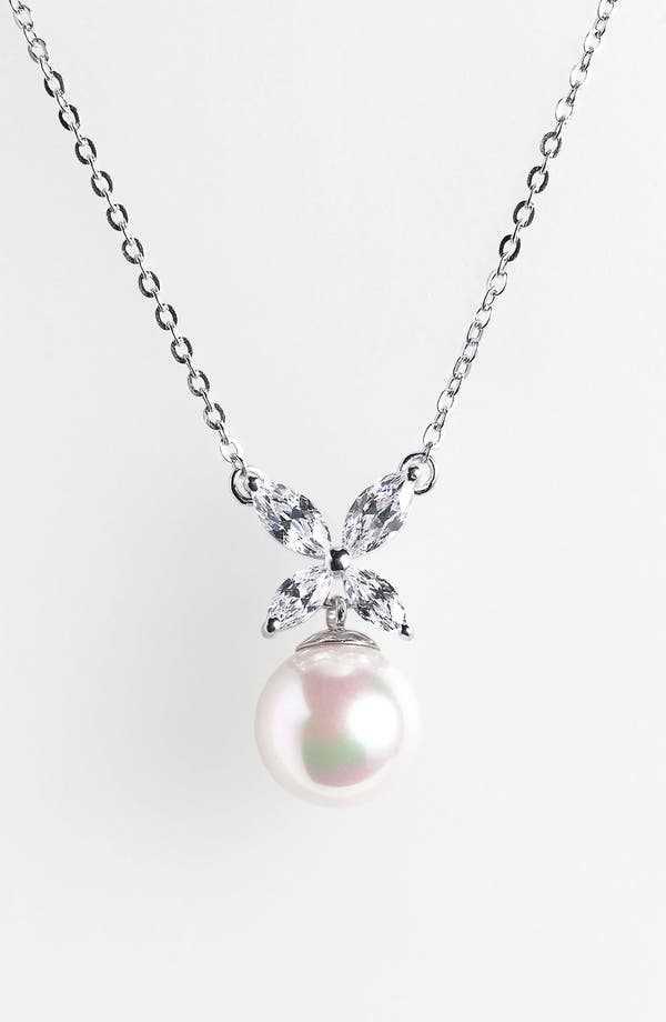 Main Image - Majorica 'Butterfly' 8mm Pearl Pendant Necklace