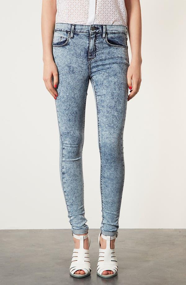 Alternate Image 1 Selected - Topshop Moto 'Leigh' Acid Wash Skinny Jeans (Short)