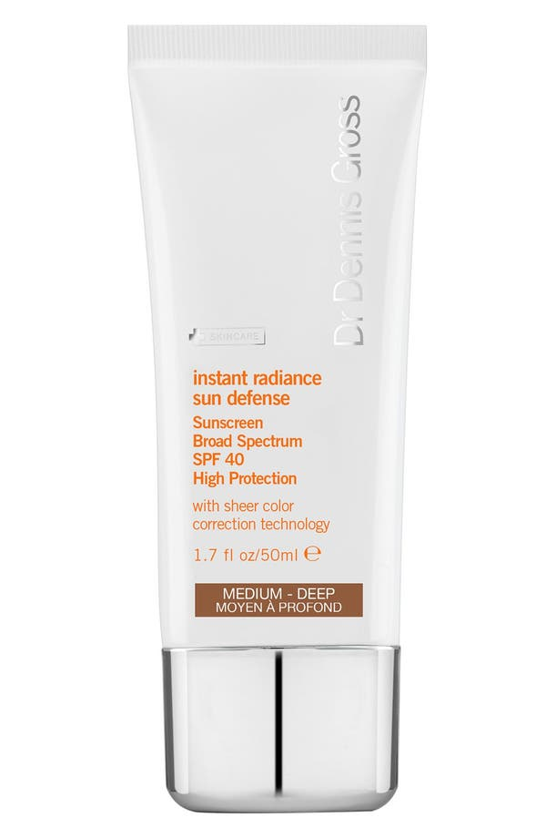'Instant Radiance' Sun Defense Sunscreen Broad Spectrum SPF 40,                         Main,                         color, Med Deep