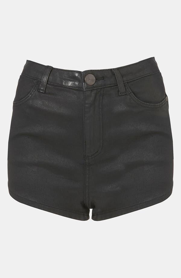 Main Image - Topshop Moto 'Suri' Coated Denim Hot Pants