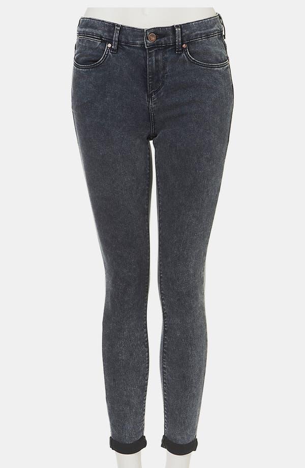 Main Image - Topshop Moto 'Leigh' Acid Wash Skinny Jeans (Petite)
