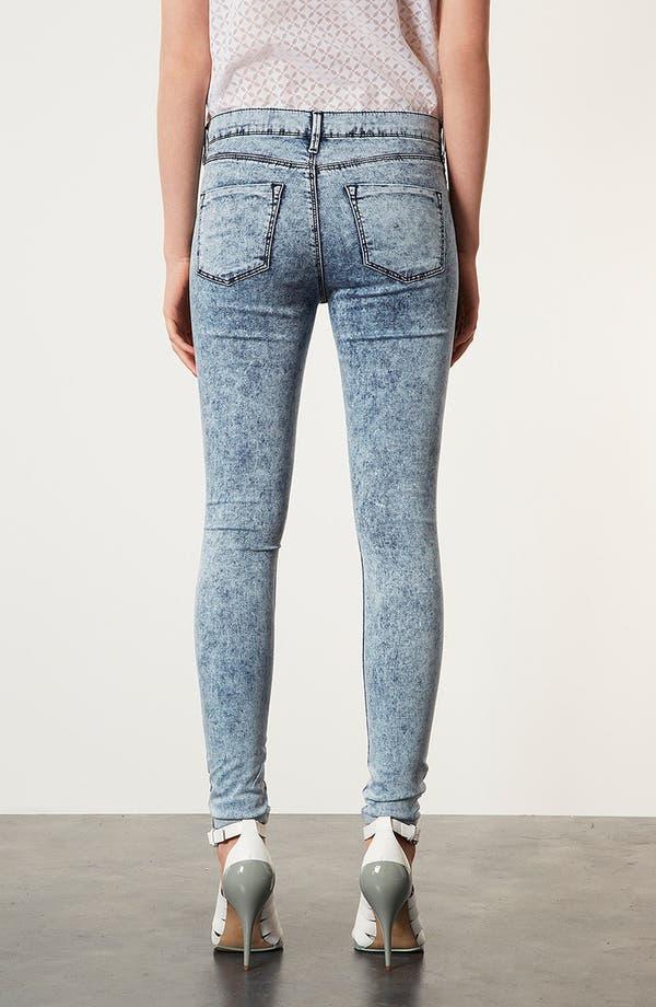 Alternate Image 2  - Topshop Moto 'Leigh' Acid Wash Skinny Jeans (Short)