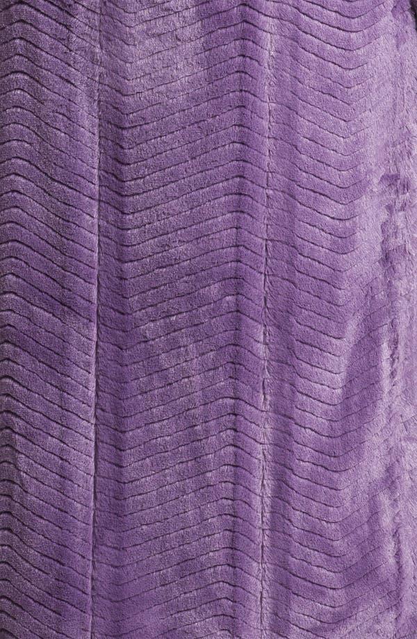 Alternate Image 3  - Nordstrom 'Microcuddle' Plush Robe