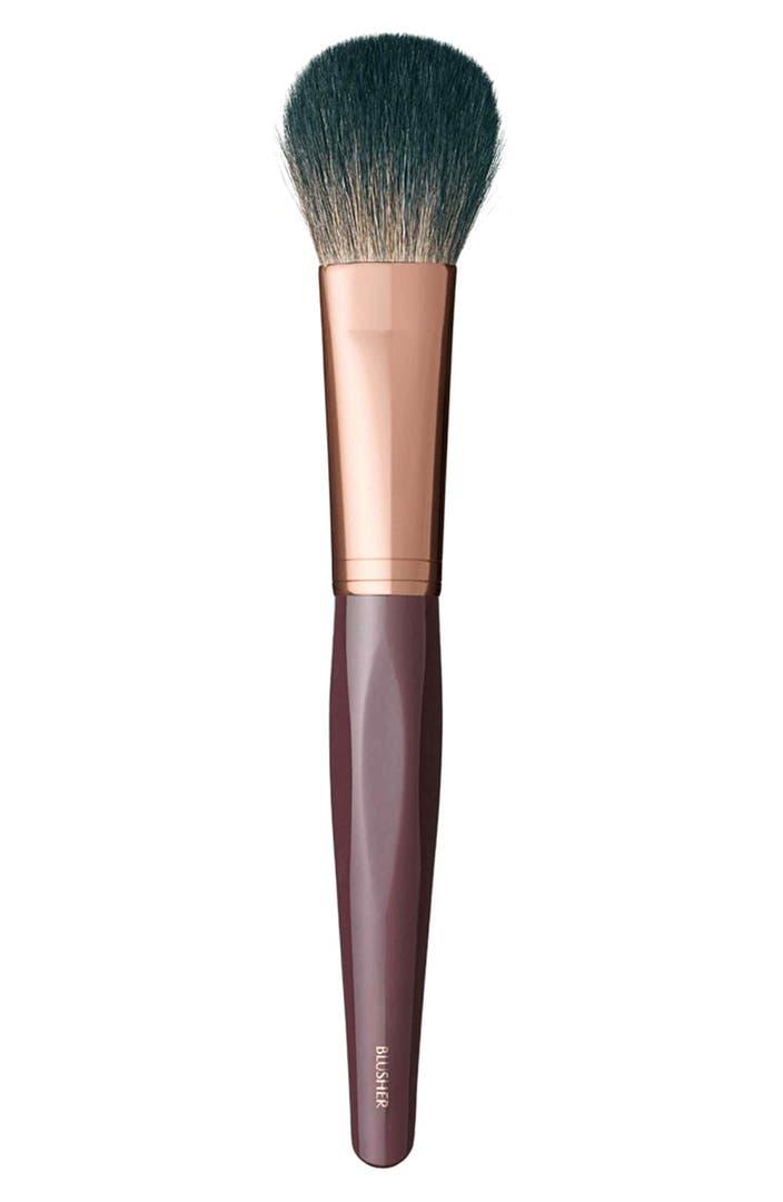 Blusher Brush Makeup Brushes: Charlotte Tilbury Blusher Brush