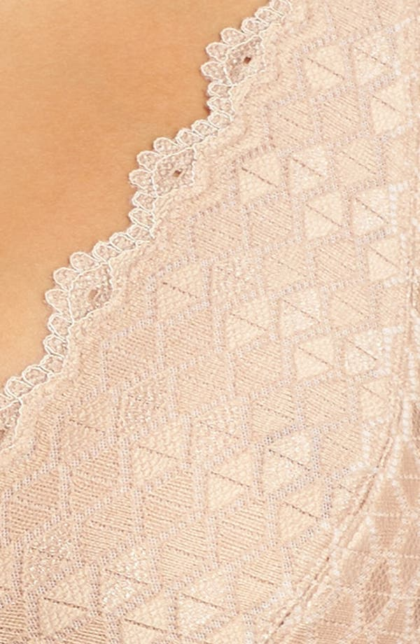 Alternate Image 5  - b.tempted by Wacoal Plunge Lace Bralette