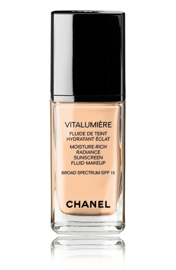 VITALUMIÈRE<br />Moisture-Rich Radiance Sunscreen Fluid Makeup Broad Spectrum SPF 15,                             Main thumbnail 1, color,                             35 Soft Bisque