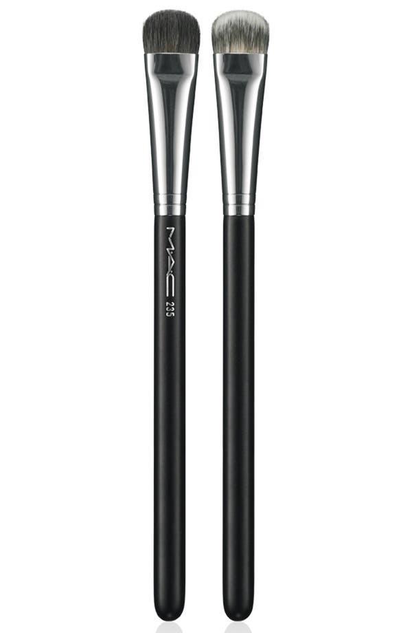 Main Image - M·A·C Split Fiber Allover Eye Brush