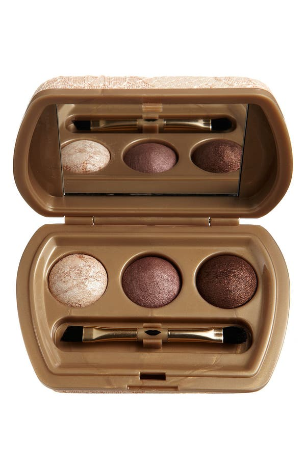 Main Image - Laura Geller Beauty 'Femme Fatale Antique Lace' Baked Eyeshadow Trio
