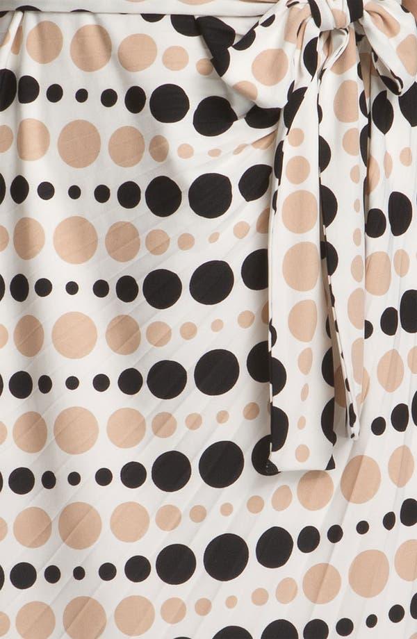 Alternate Image 3  - Donna Morgan 'Sunburst' Print Pleated Sheath Dress