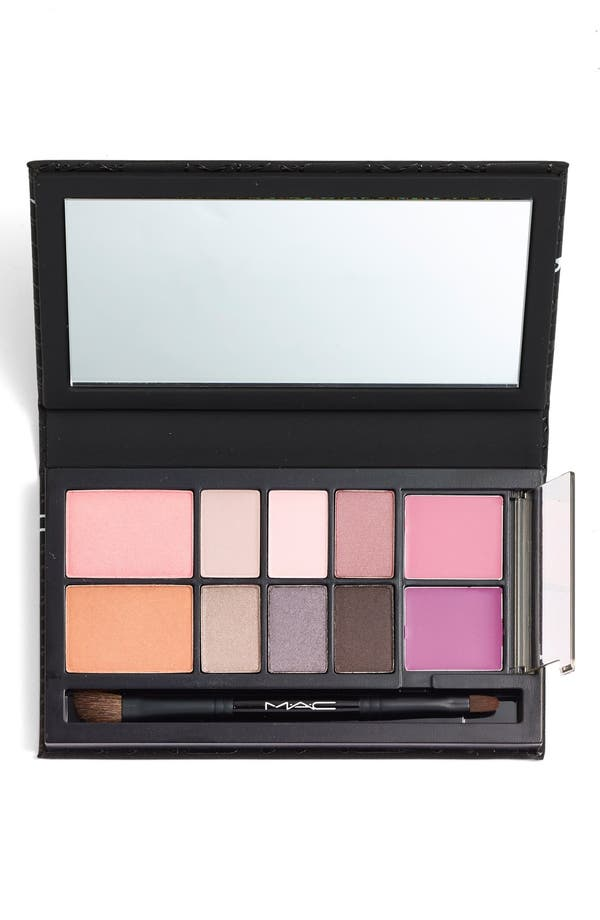 M·A·C 'Look in a Box - All About Plum' Kit,                         Main,                         color, All About Plum