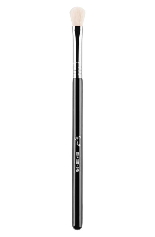 Alternate Image 1 Selected - Sigma Beauty E25 Blending Brush