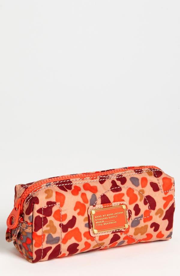Main Image - MARC BY MARC JACOBS 'Pretty Nylon - Camo Garden' Cosmetics Case