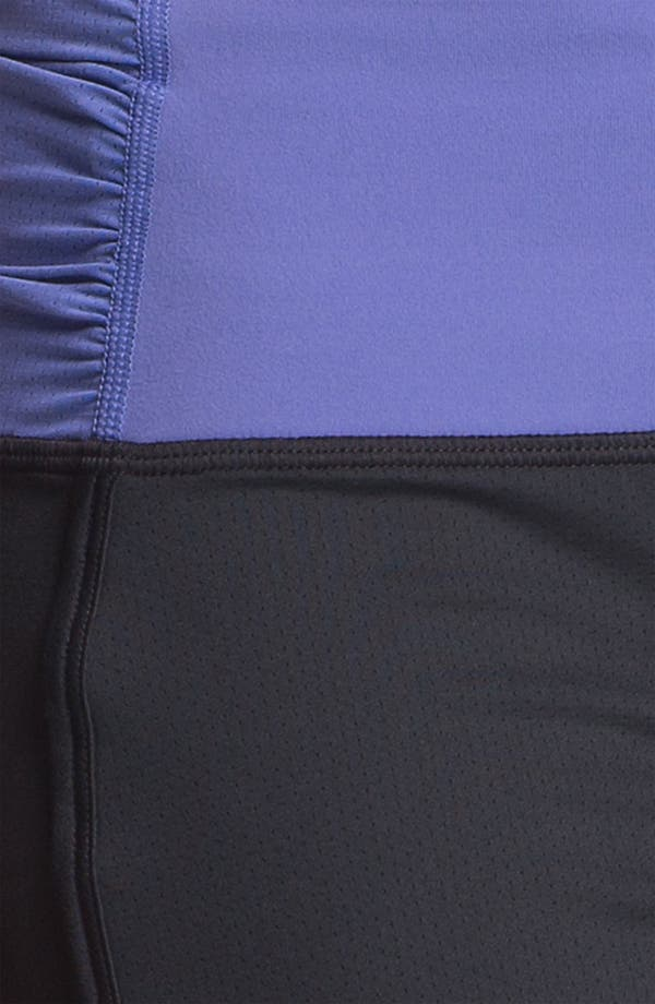 Alternate Image 3  - Under Armour 'Hot Class' Shorts