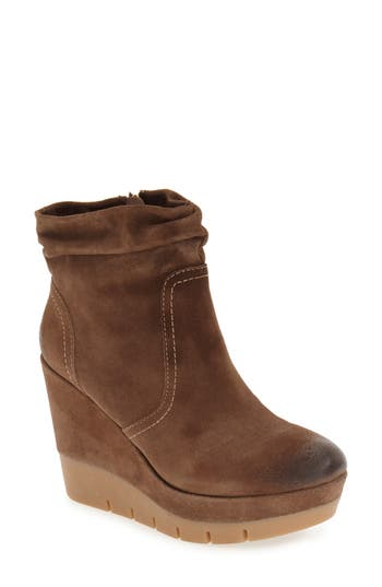 Isol? Jadyn Wedge Bootie (Women)