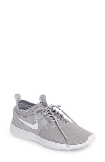 Nike Juvenate Sneaker (Women)