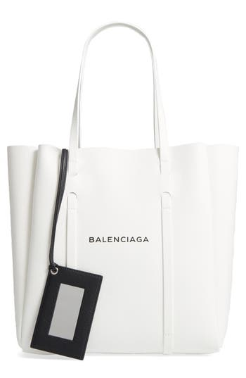 Balenciaga Small Everyday ..