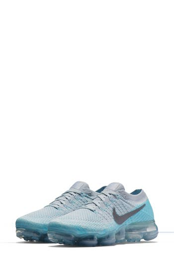 Nike Air VaporMax Flyknit Running Shoe (Women)