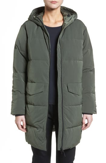 Everlane The Long Puffer Jacke..