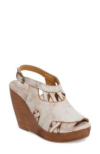 Very Volatile Sloane Platform Wedge Sandal (Women)