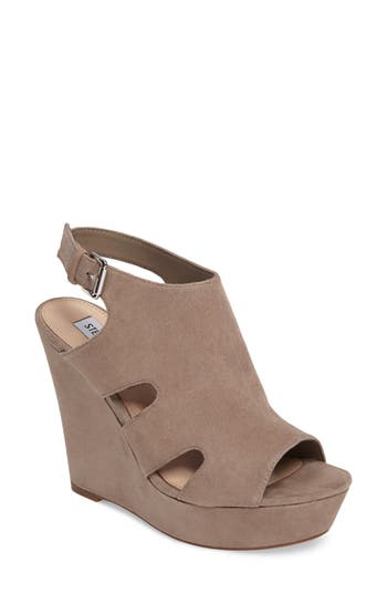 Steve Madden Emmy Wedge Sa..