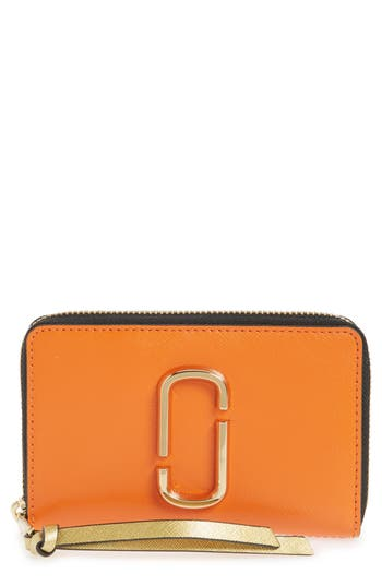 MARC JACOBS Small Snapshot Leather Zip-Around Wallet