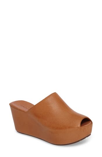 Chocolat Blu Willa Platform Wedge Mule (Women)