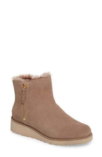 UGG? Shala Wedge Boot (Women)