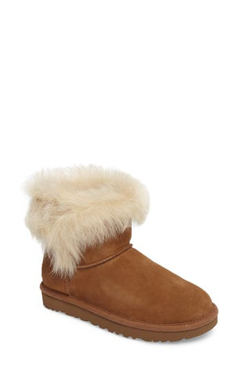 UGG? Milla Boot (Women)