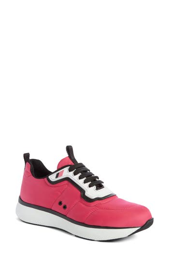 Prada Linea Rossa Runner Sneak..