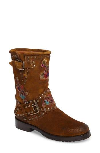 Frye Nat Embroidered Engin..