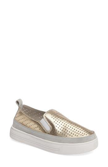 bernie mev. TW34 Slip-On Sneaker (Women)