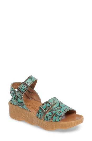 Famolare Honeybuckle Wedge..