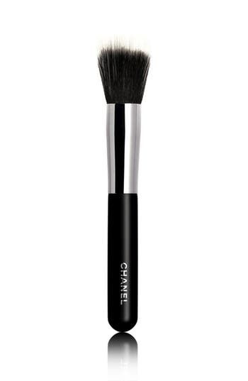 chanel pinceau fond de teint estompe blending foundation brush 7 nordstrom. Black Bedroom Furniture Sets. Home Design Ideas