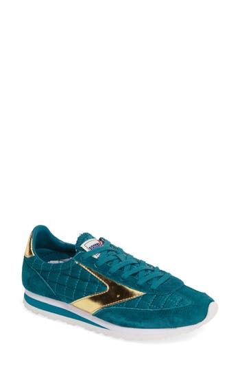 Brooks 'Vanguard' Sneaker (Women)