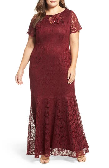 Brianna Embellished Lace Mermaid Gown (Plus Size)