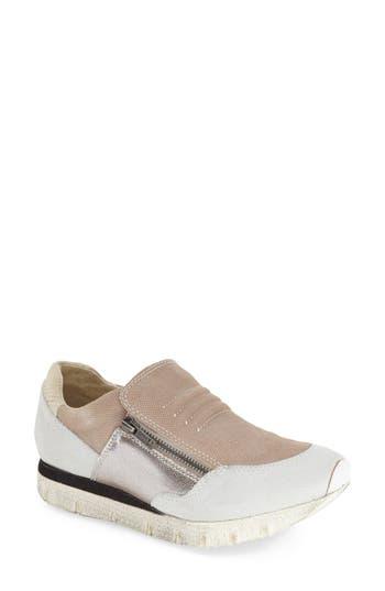 OTBT�'Sewell' Sneaker (Women)