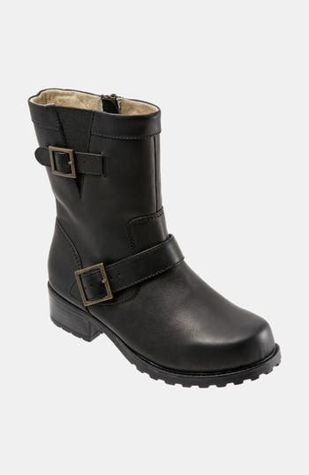 SoftWalk? 'Bellville' Boot