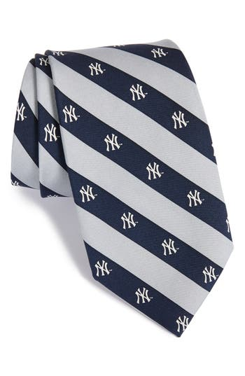 Vineyard Vines New York Yankees Mlb Print Silk Tie