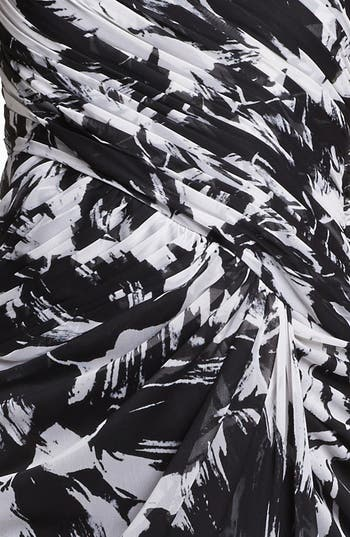 Alternate Image 3  - Adrianna Papell One Shoulder Print Chiffon Gown (Petite)