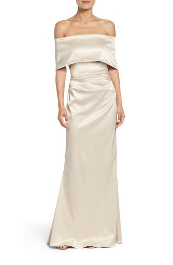 Vince Camuto Off the Shoulder Gown (Regular & Petite)