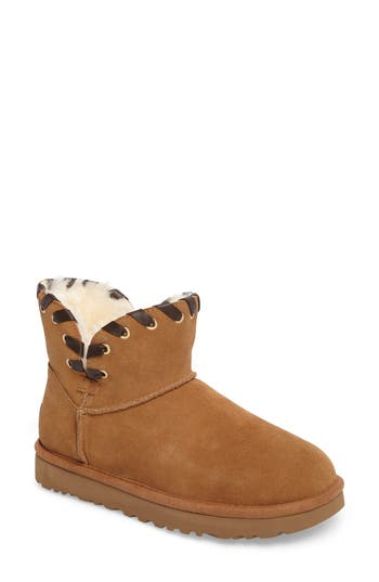 UGG? Aidah Mini Boot (Women)