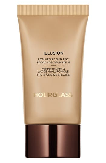 Illusion<sup>®</sup> Hyaluronic Skin Tint,                         Main,                         color, Sand