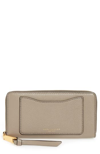 MARC JACOBS 'Recruit Standard' Leather Wallet